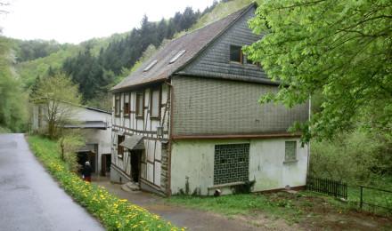 Mühle von der Straße aus